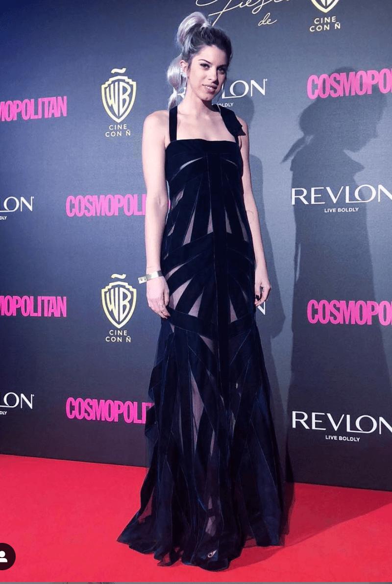 marta riumbau vestido negro con transparencias