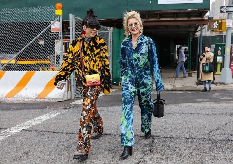 Bun - moño alto Street Style.