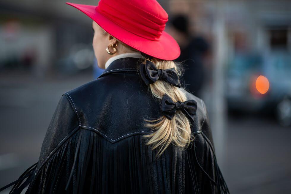 Lazos en el cabello: tendencia hairstyle 2019.