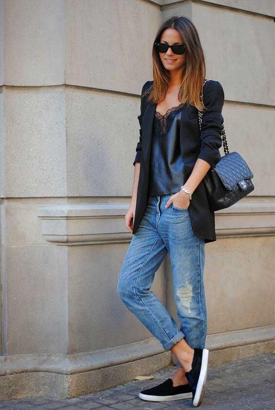 Look de jeans con blazer.