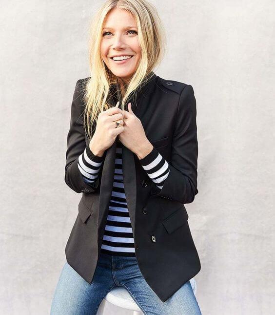 Gwyneth Paltrow con un blazer negro