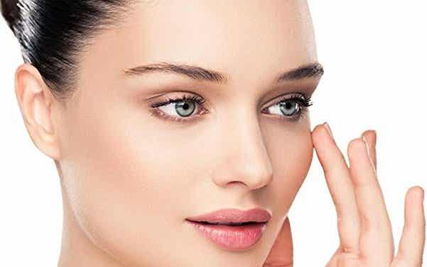 Contorno de ojos: cómo cuidarlo y evitar ojeras
