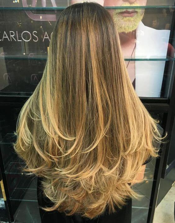 No olvidar los cuidados capilares para tener un cabello sano.
