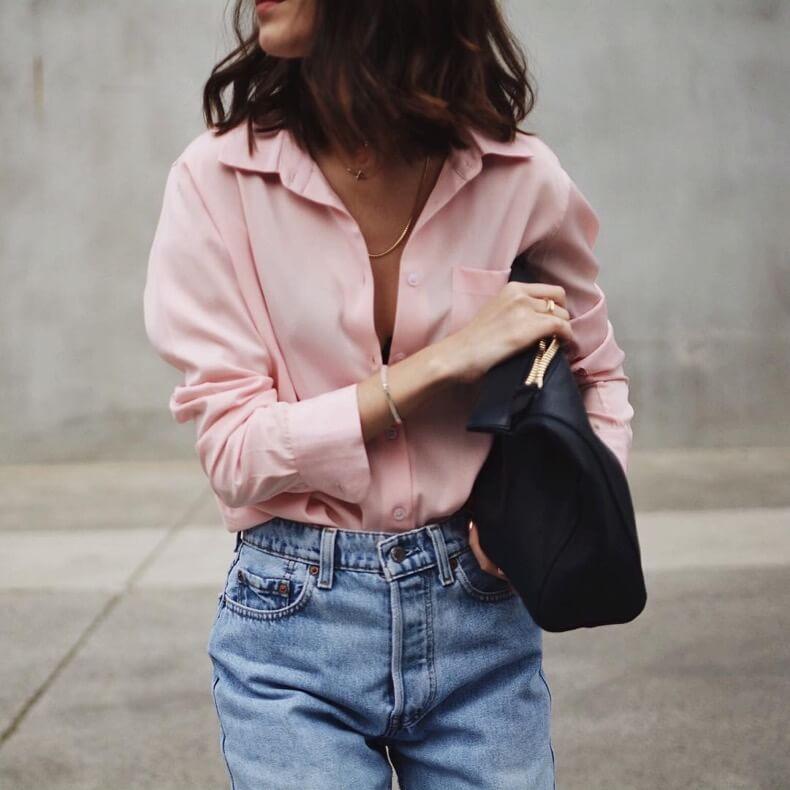 Combinar rosa con jeans
