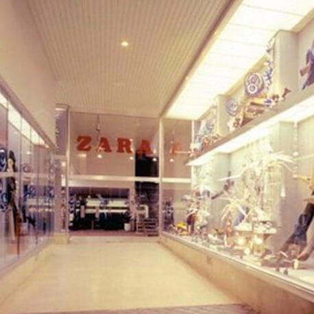 Primera tienda de Zara