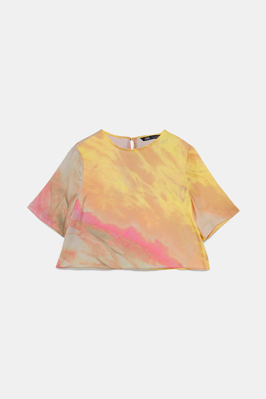 Top de Zara con colores del atardecer.