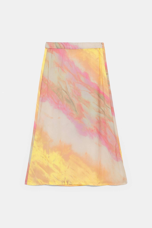 Falda de Zara con colores del atardecer.